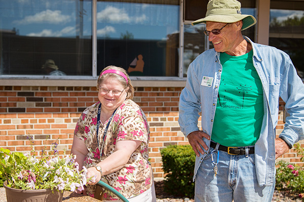 Wisconsin Master Gardener Volunteer and Participant